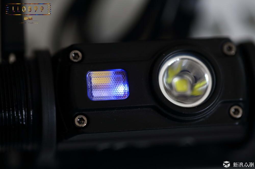 新一代小型多光源高显色头灯NITECORE HC65_新浪众测