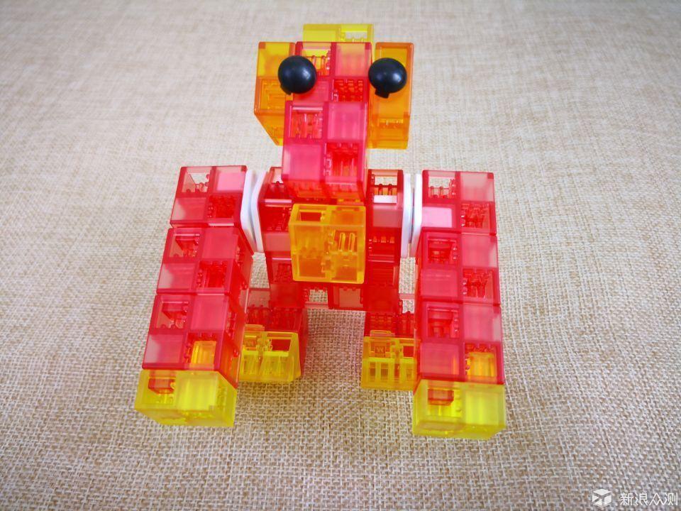 索尼KOOV机器人,看我七十二变_新浪众测