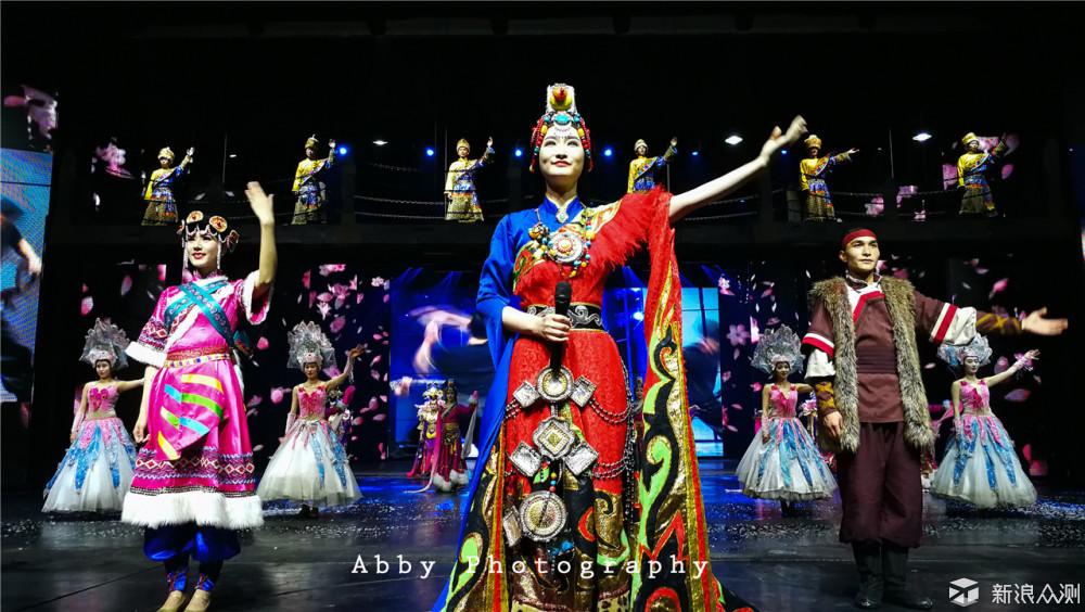 #不负春光#母亲节带妈妈去丽江穿越最炫民族风_新浪众测