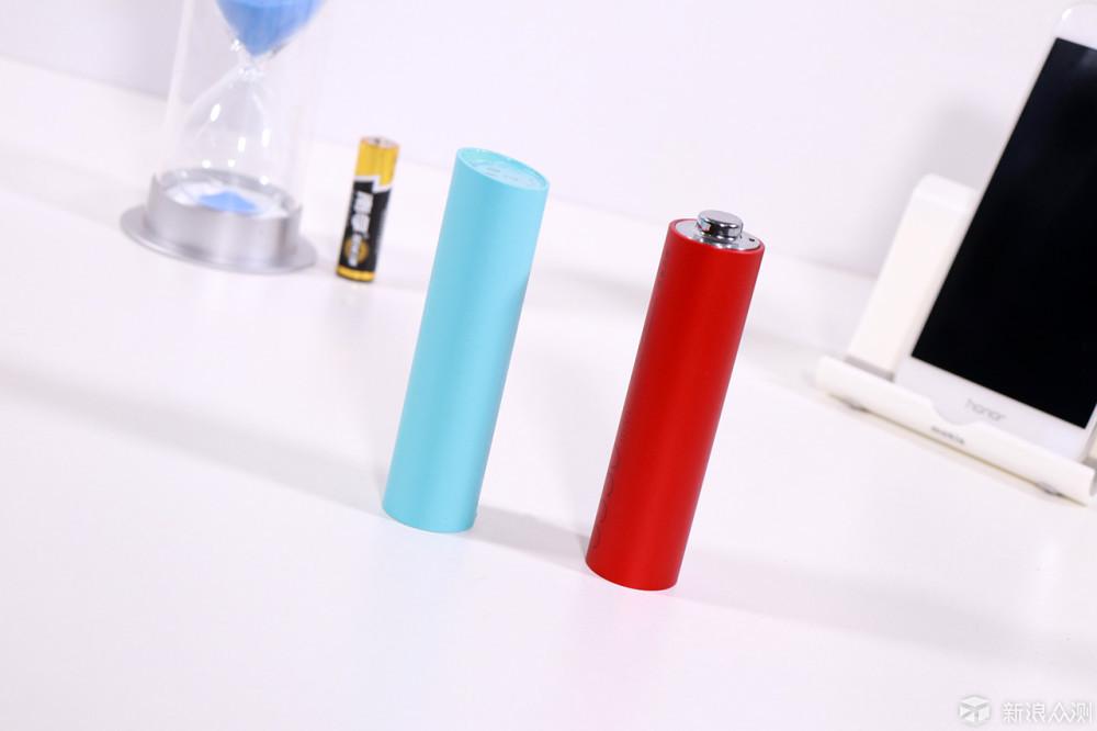 坚果电池形移动电源、紫米MINI对比评测及拆解_新浪众测