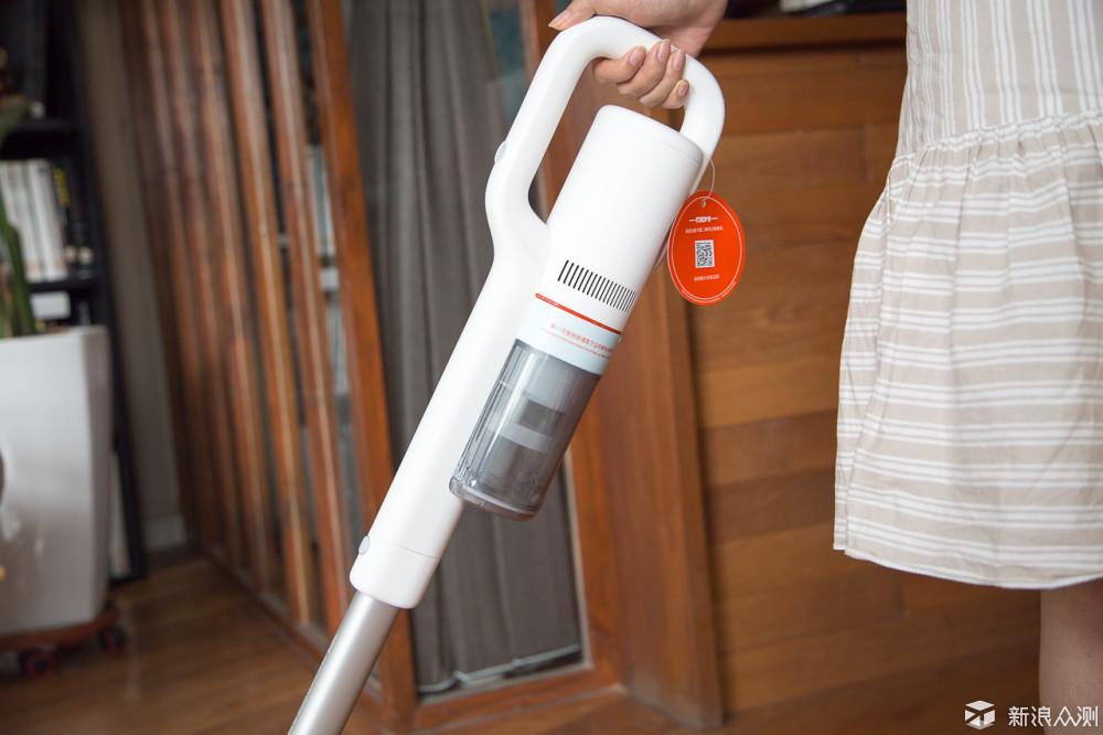 家居好帮手-睿米手持无线吸尘器F8测评体验_新浪众测