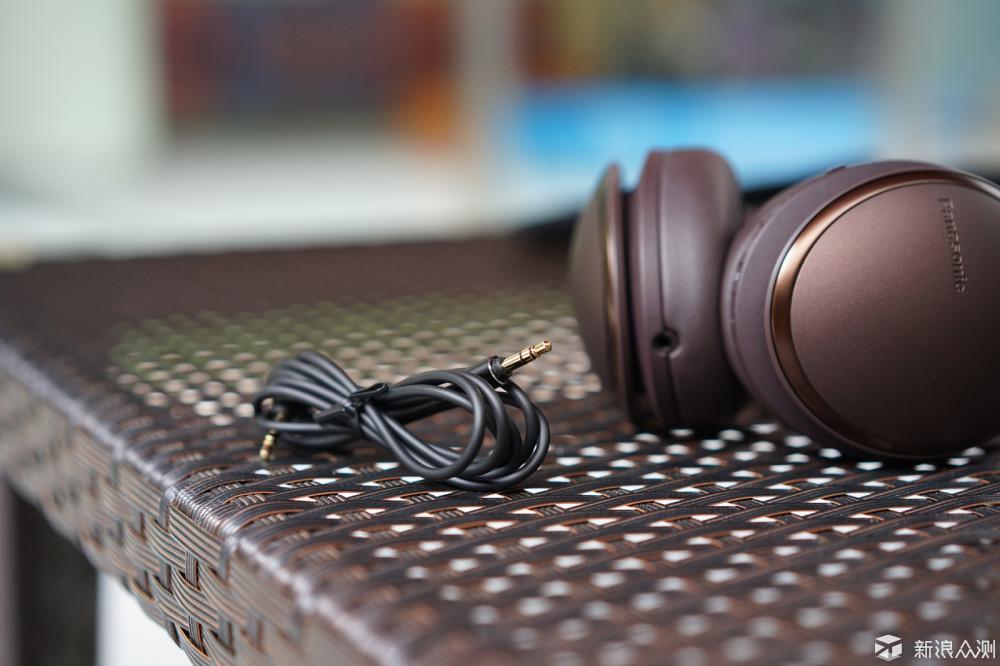 一曲一心情,戴着松下无线降噪耳机的别样节奏_新浪众测