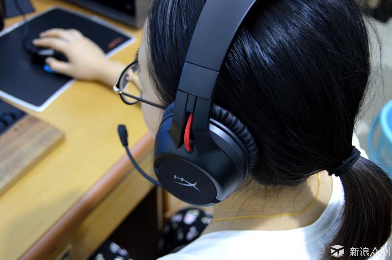 金士顿HyperXCloud 天箭无线游戏耳机体验_新浪众测