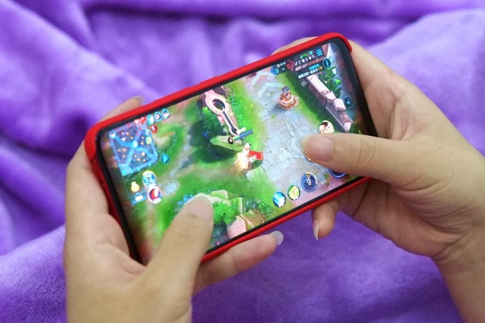 """vivo NEX旗舰版手机:惊喜不止""""非凡一升"""""""