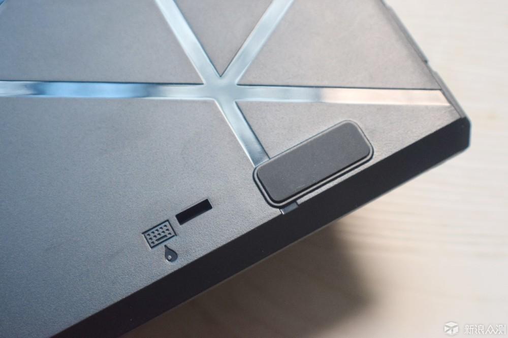 LK光轴、八种灯光,可更换轴体的钛度TKL309_新浪众测