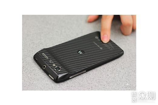 我的第一部安卓手机:中兴V880橘子版_新浪众测