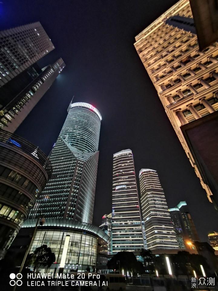 夜拍真香?华为Mate20Pro扫街实拍夜上海_新浪众测