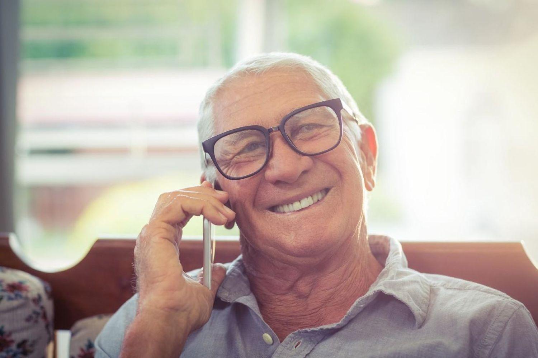 重阳节前学会这几招,让老人用好智能手机