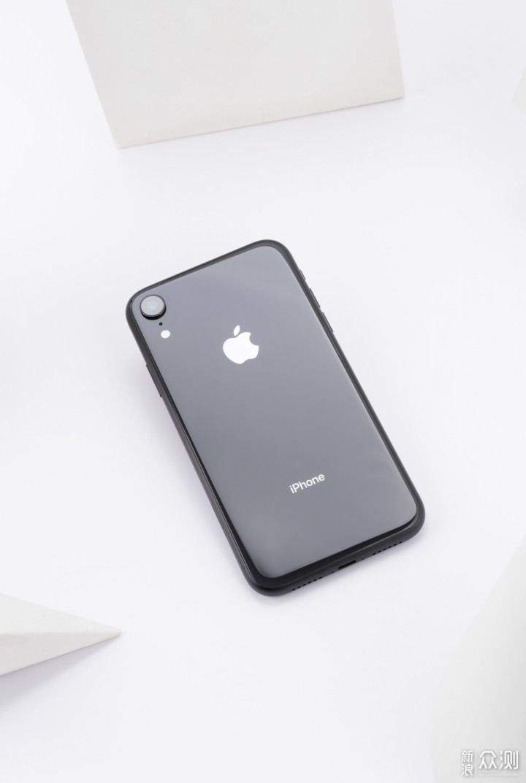 iPhone XR值不值得买?这是我的一份详细报告_新浪众测