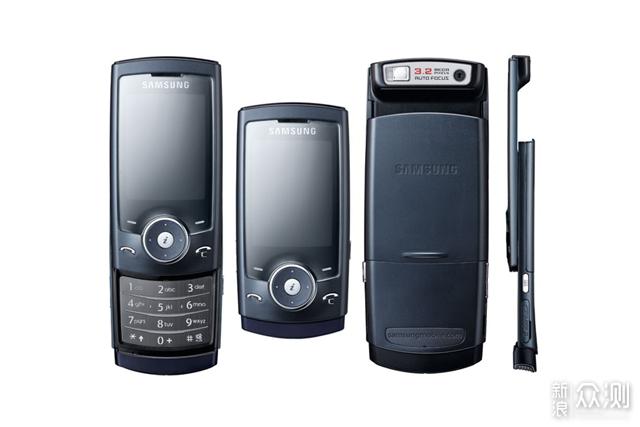 盘点年代经典滑盖手机后,小米跟荣耀你选谁?_新浪众测