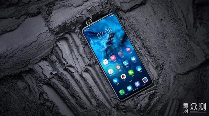 五款设计感手机盘点,最佳设计奖你会颁给谁_新浪众测
