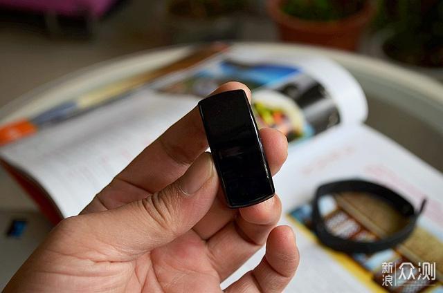 相比小米手环,这款手环可让你省几千元私教费_新浪众测