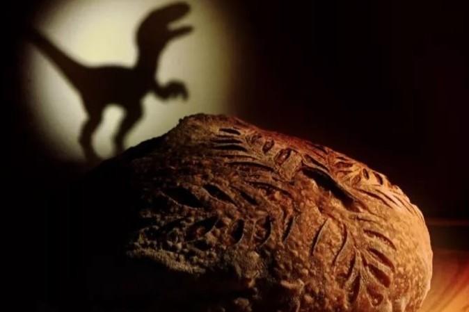 """""""恐龙来吃面包啦!"""" 美食摄影的另类思路"""