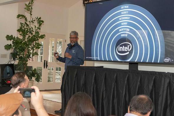 英特尔公布全新CPU架构:高性能低功耗