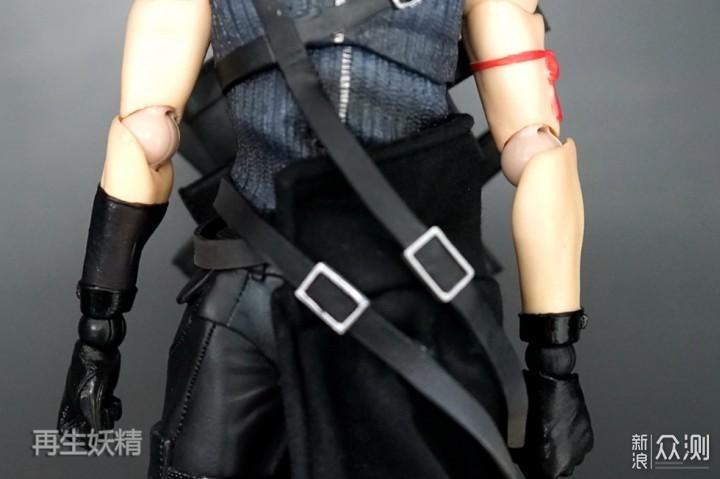 终幻想克劳德 芬利尔狼模玩套装图片