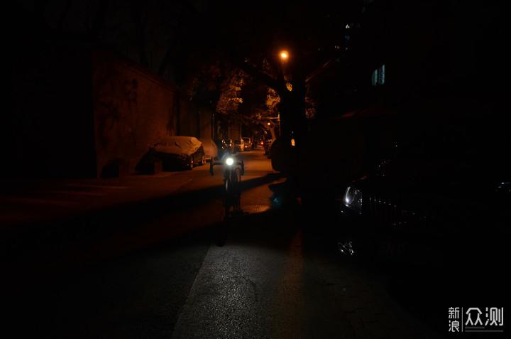 将前路照亮 为夜骑护航 细说FENIX BC35R车灯_新浪众测