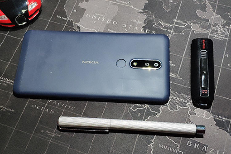 情怀入门级千元机,Nokia 3.1 Plus全面屏手机