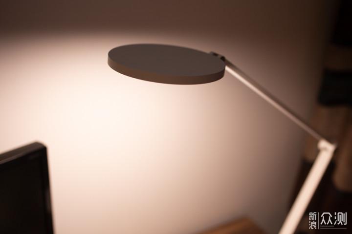 给孩子一盏健康明亮的灯,米家台灯Pro体验_新浪众测
