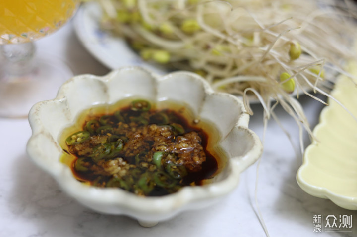 冬天不一定吃火辣辣的牛油火锅,菌汤锅也不错_新浪众测