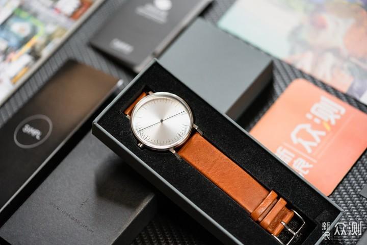 """最爱简约风,如指南针""""一""""样的手表Simpl ONE_新浪众测"""