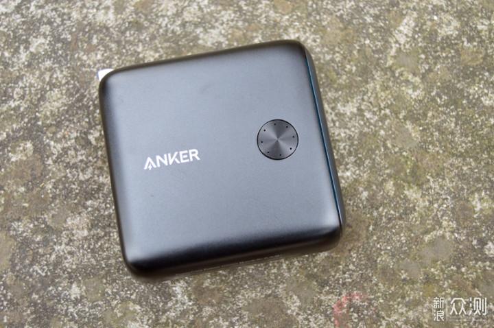 出门带它一个就够了:Anker超极充10000毫安_新浪众测