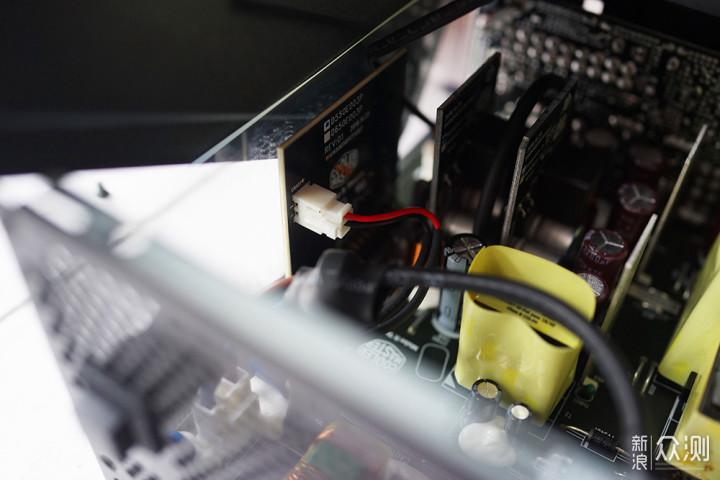 安静、可靠、稳定:酷冷至尊V550GOLD电源体验_新浪众测