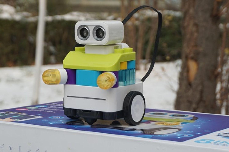 葡萄编程机器人:专注孩子玩具,体验满分葡萄