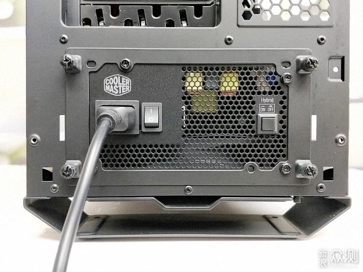 酷冷至尊V550GOLD电源,静音与散热的性能结合_新浪众测