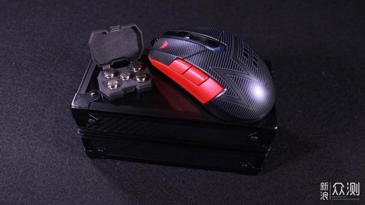 中庸又不失特色的游戏鼠标 艾石头锆Zr-65测评_新浪众测