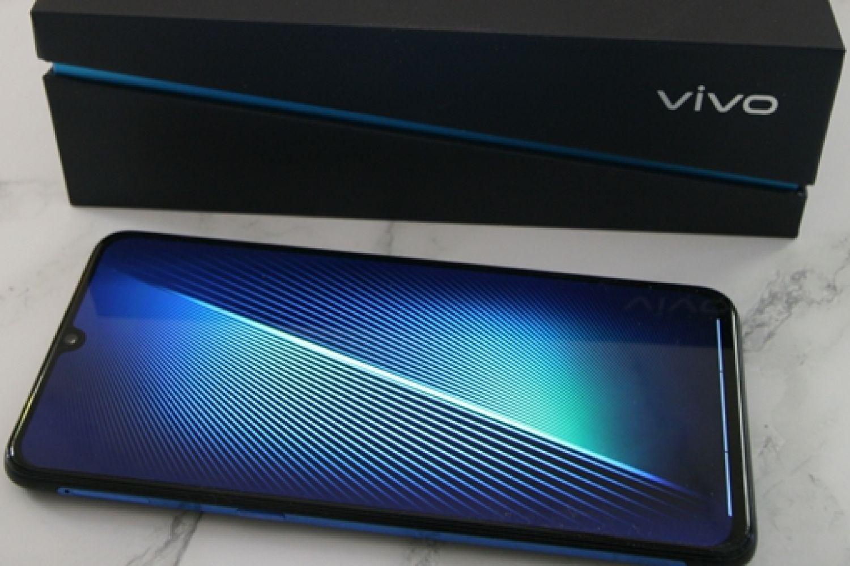 vivo iQOO手机,强悍而生的使命!