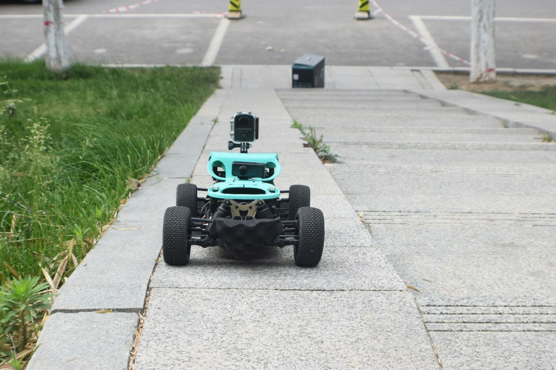 四驱、改装自由度高的感玩工场途S1 FPV无人车