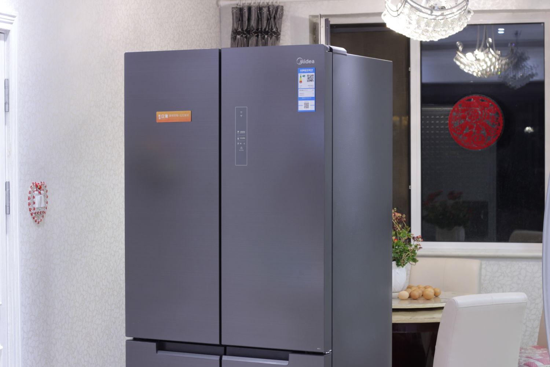 探索新鲜度,美的微晶冰箱·星耀灰511体验